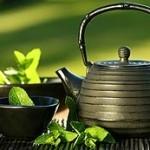 Savurând aromele ceaiului verde