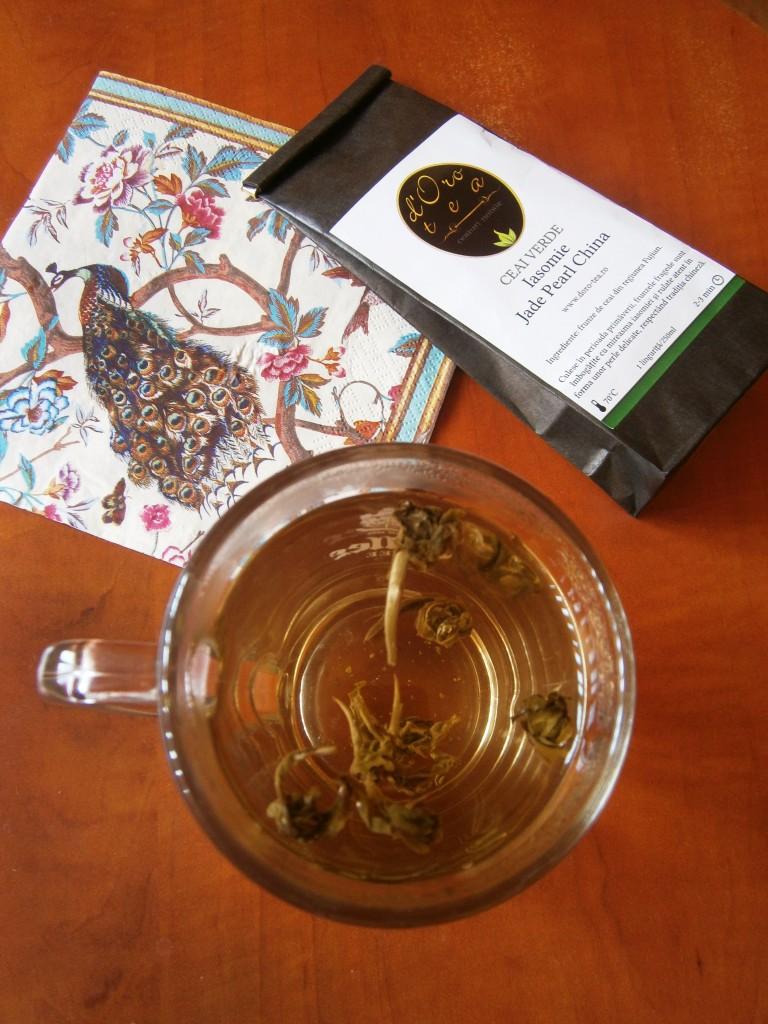 Jasmine-Jade-Pearls-ceai-iasomie-doro-tea