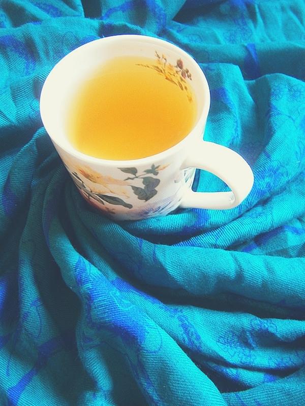 guangxi dulceata cerului ceai alb