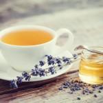 O cană de liniște: ceaiul de lavandă